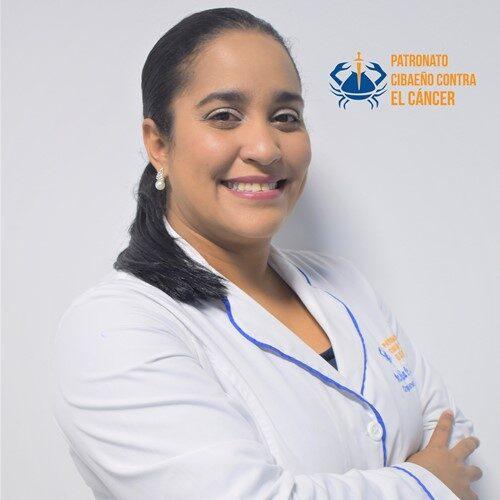 Dra. Natalia de la Cruz-Cirujana General (1) (2).jpg