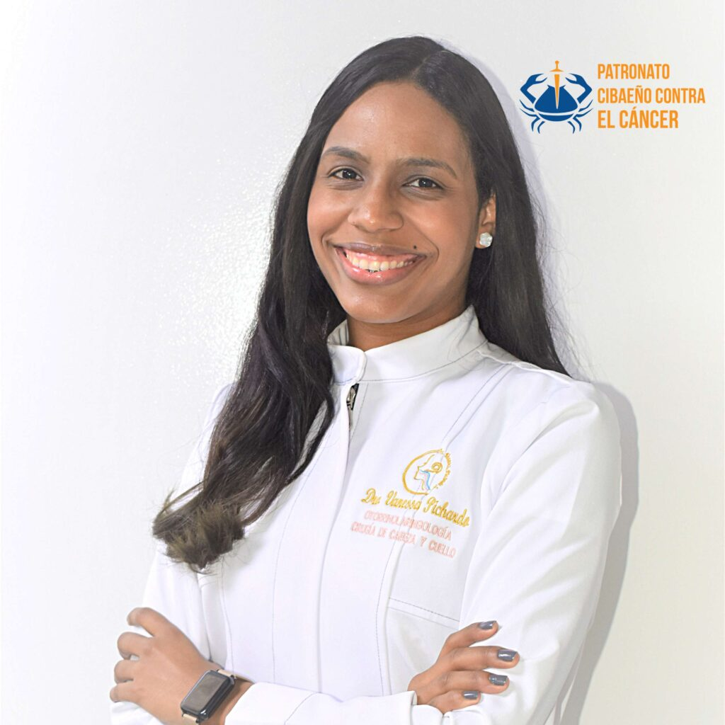 Dra. Vanessa Pichardo-Otorrinolaringologa.jpg