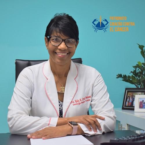 Dra. Naly A. Cruz Ventura-Oncologa Radioterapeuta (1) (1).jpg
